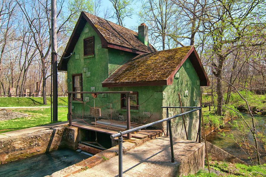 Maramec Spring Power House by Steve Stuller