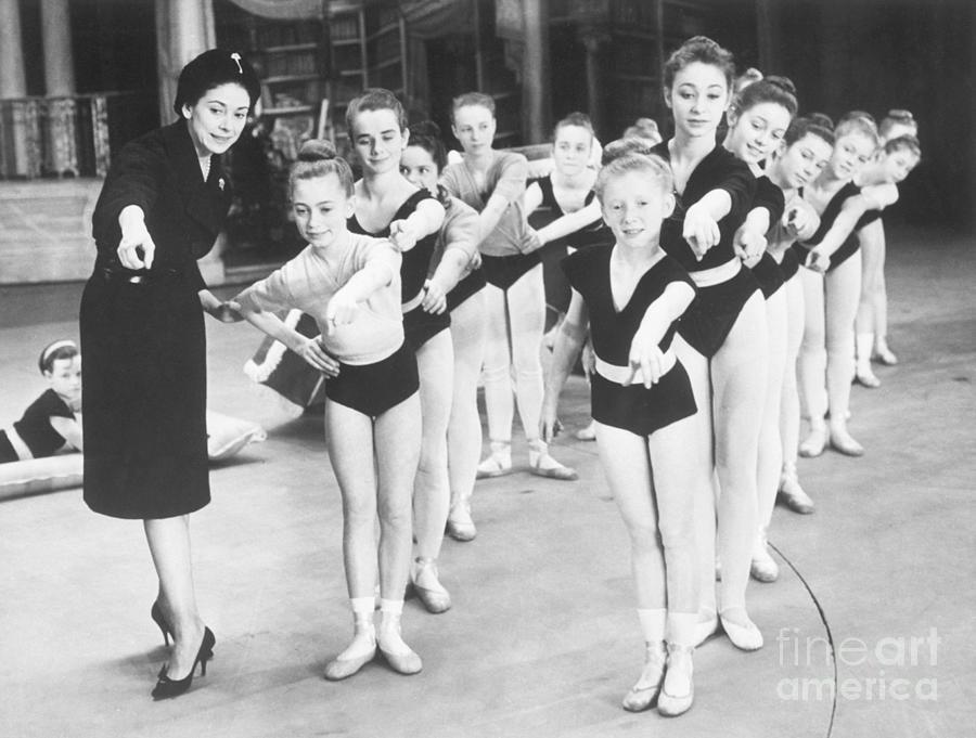 Margot Fonteyn Teaching Ballet Class Photograph by Bettmann