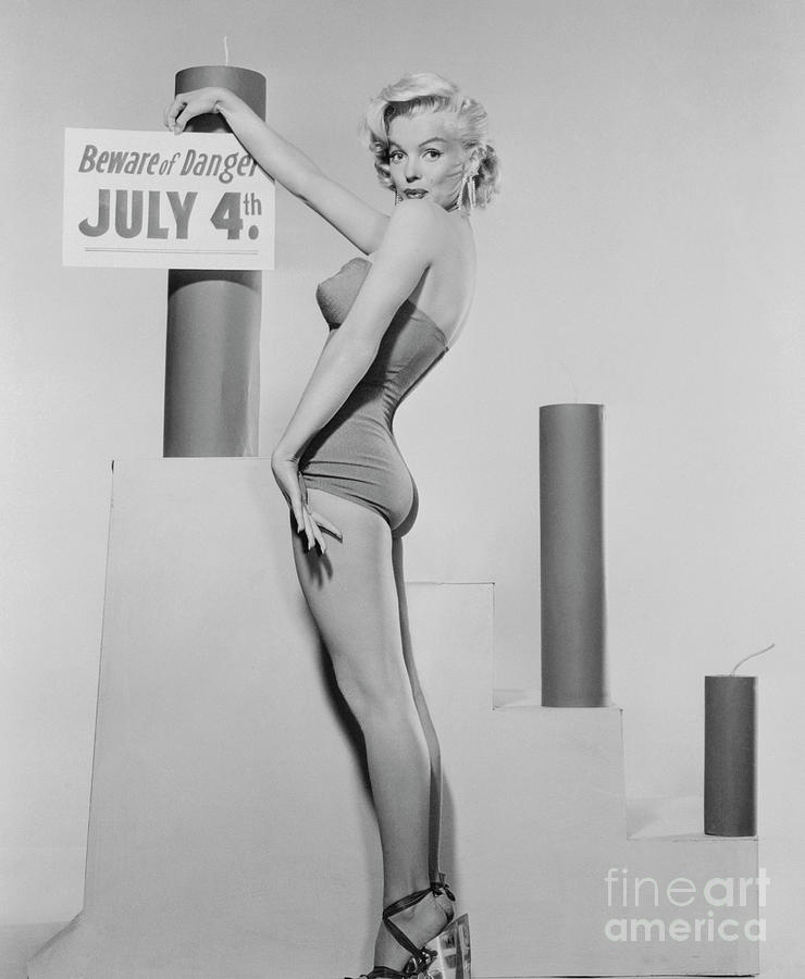 Marilyn Monroe Advertising Safety Photograph by Bettmann