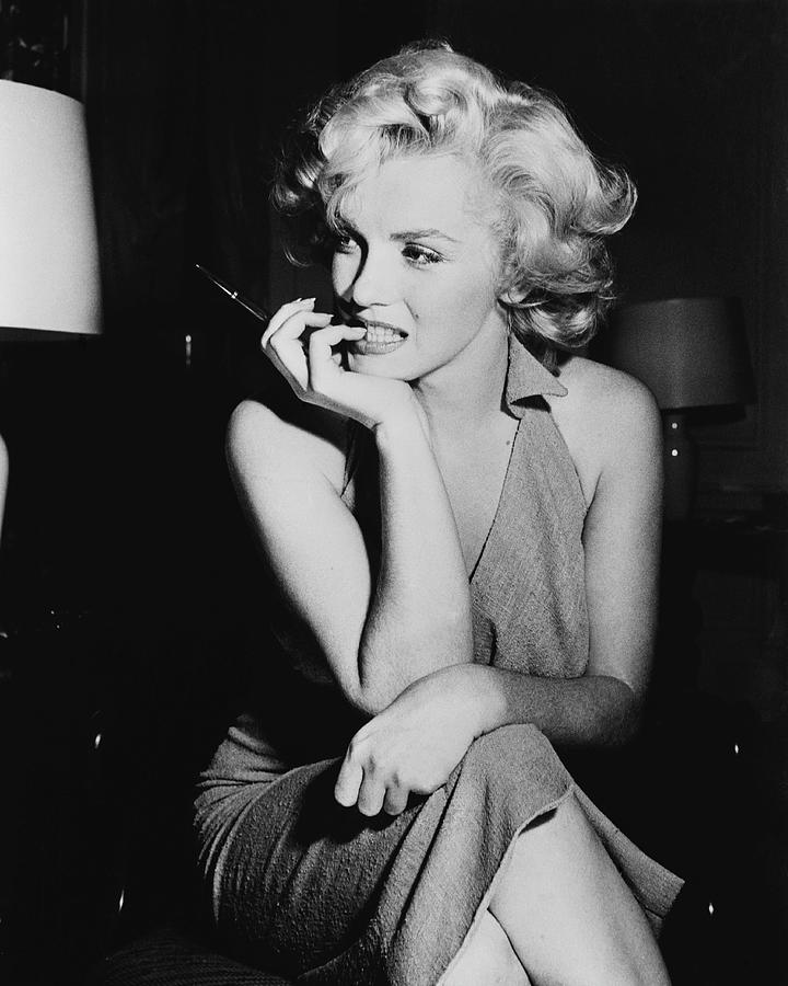 Marilyn Monroe Photograph by Keystone Features