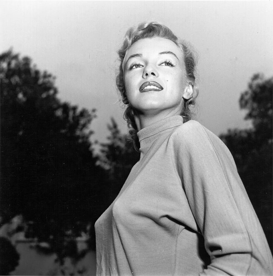 Marilyn Photo Session In Beverly Hills Photograph by Michael Ochs Archives