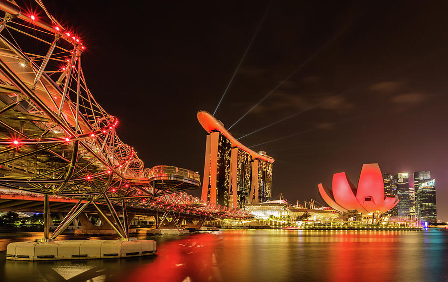 Marina Bay Sands by Chris Cousins