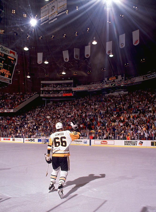 Mario Lemieux Waves To The Crowd Photograph by B Bennett