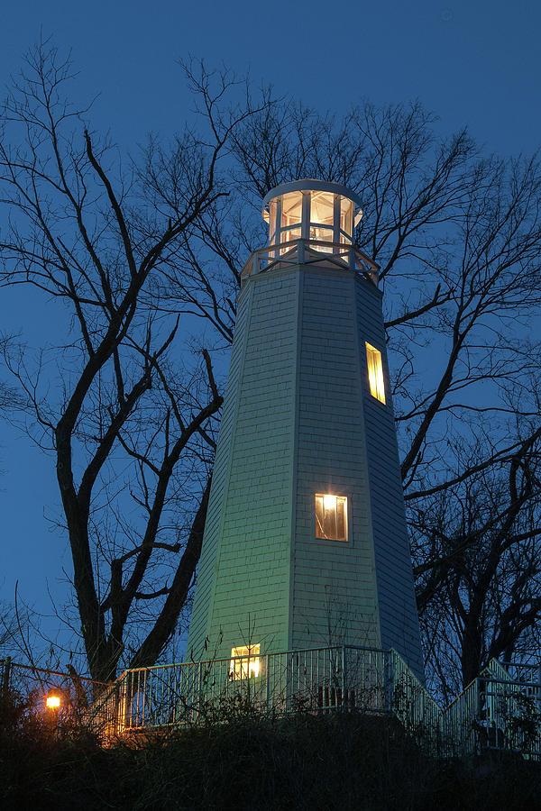 Mark Twain Lighthouse by Steve Stuller