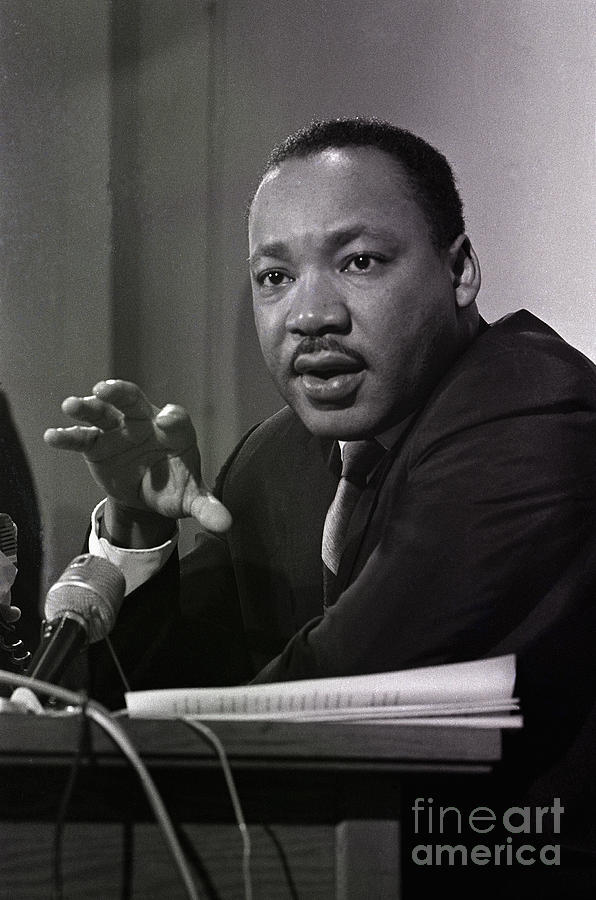 Martin Luther King, Jr. Gesturing Photograph by Bettmann