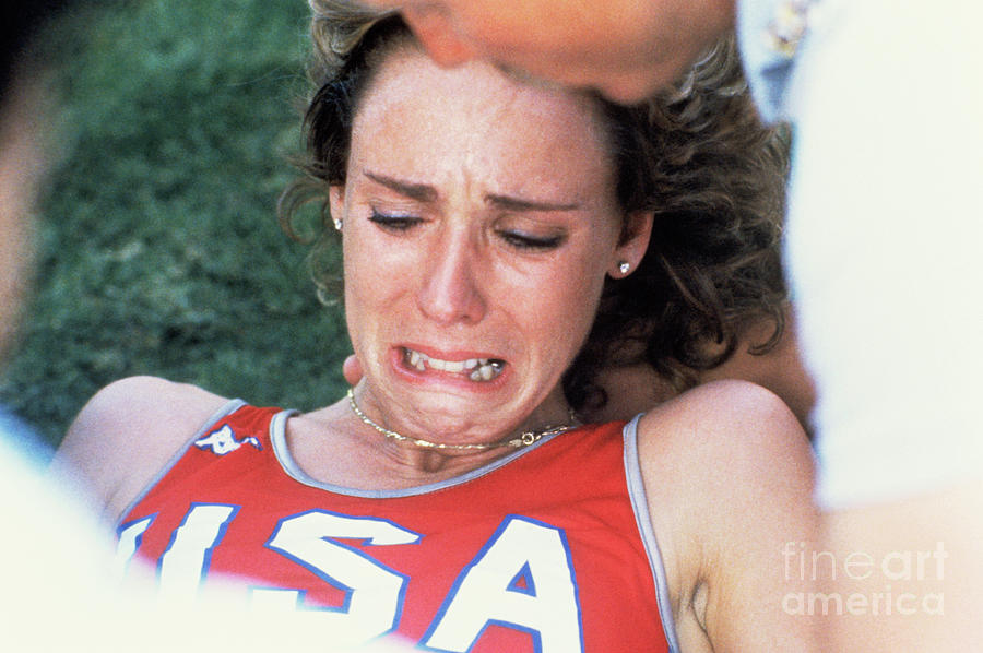 Mary Decker Crying On Track And Field Photograph by Bettmann