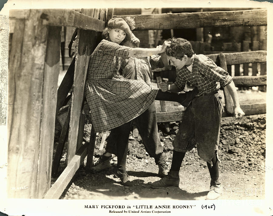 Mary Pickford Fighting Two Boys Photograph by Bettmann