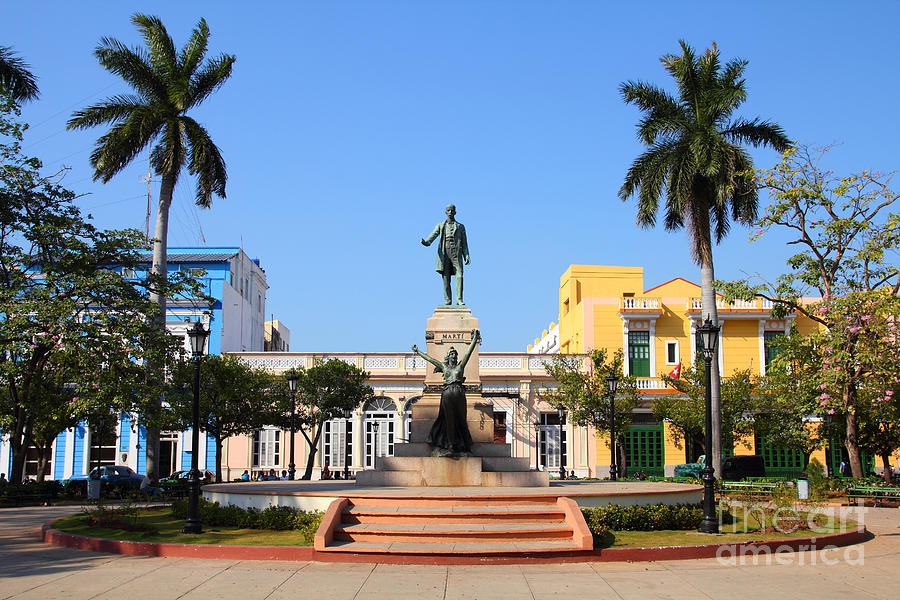 Town Photograph - Matanzas, Cuba - Main Square. Palm by Tupungato