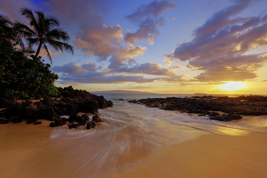 Maui's Way by Chad Dutson