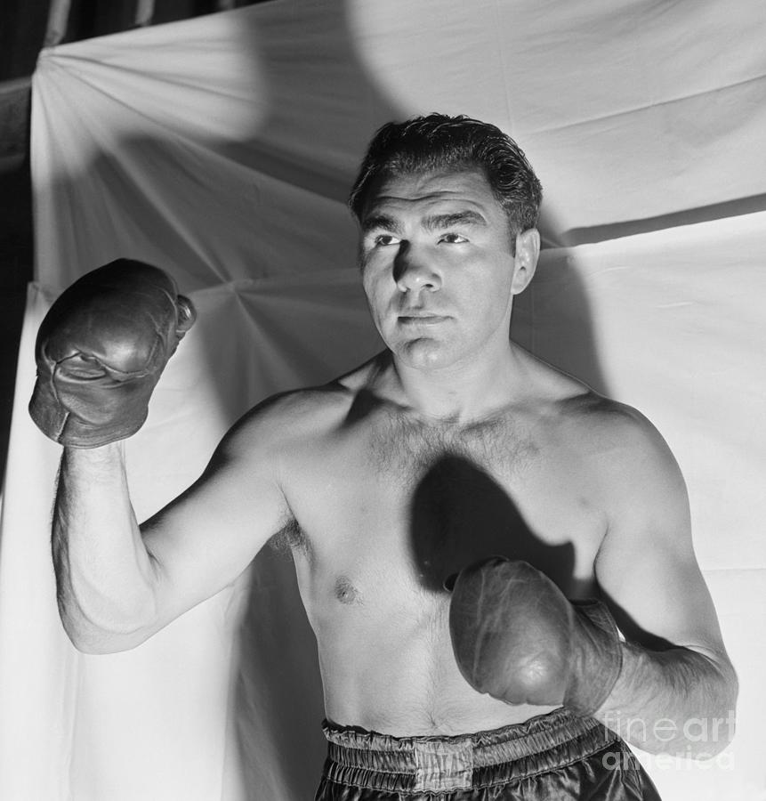 Max Schmeling In Boxing Stance Photograph by Bettmann