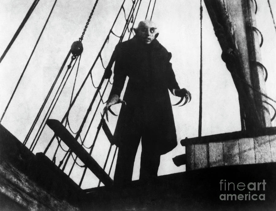 Max Schreck As Count Orlok In Nosferatu Photograph by Bettmann