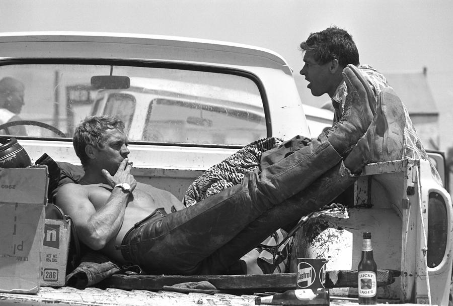 Mcqueen & Ekins Talk Photograph by John Dominis