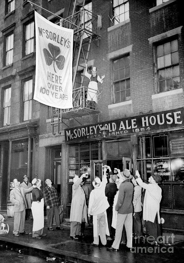 Mcsorleys Old Ale House Celebrates Photograph by New York Daily News Archive