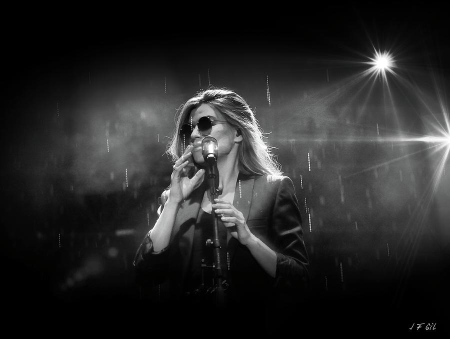 Melody Gardot under the rain by Jean Francois Gil