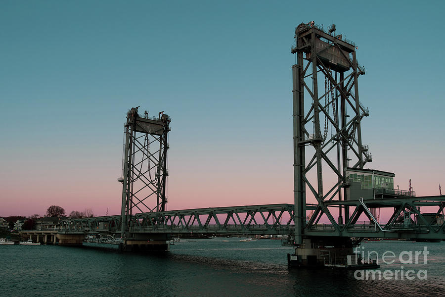 Sunset Photograph - Memorial Bridge Portsmouth New Hampshire At Sunset by Edward Fielding