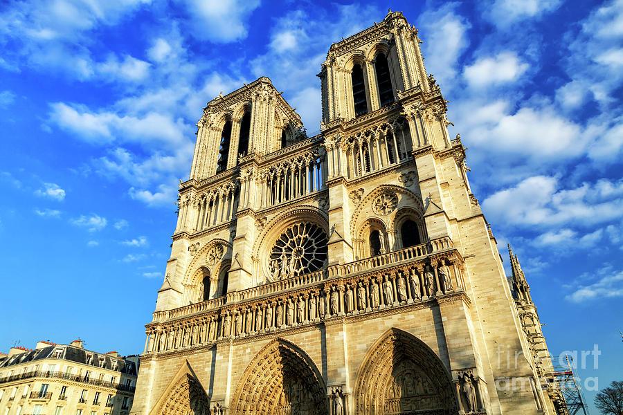 Memories of the Cathedrale Notre-Dame de Paris by John Rizzuto