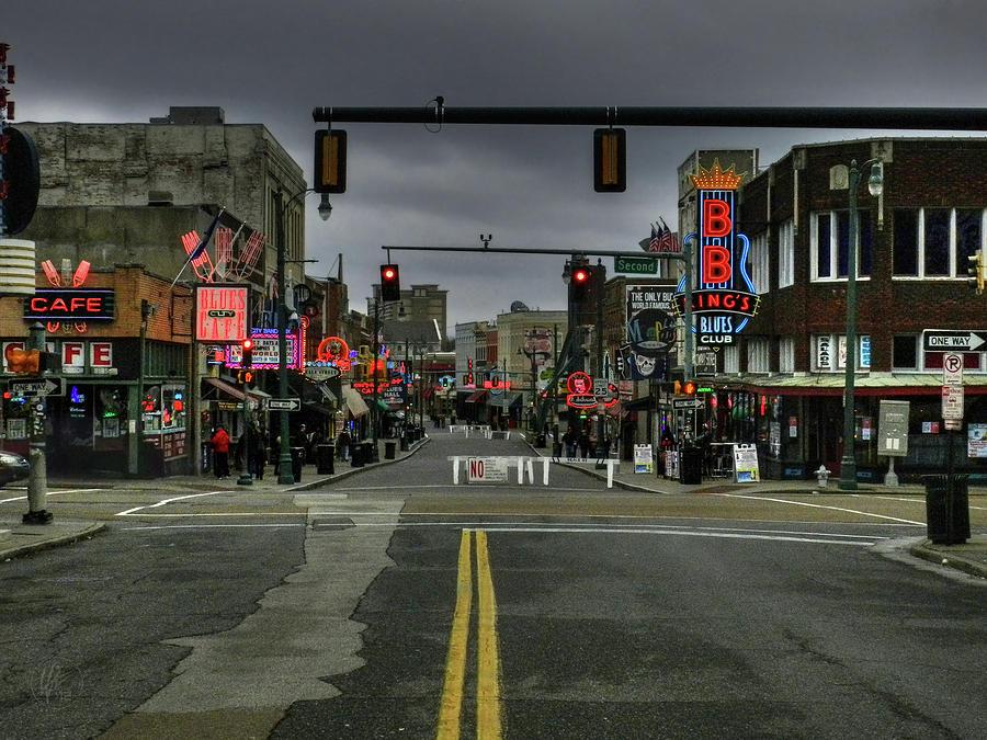 Memphis - Beale Street 001 by Lance Vaughn