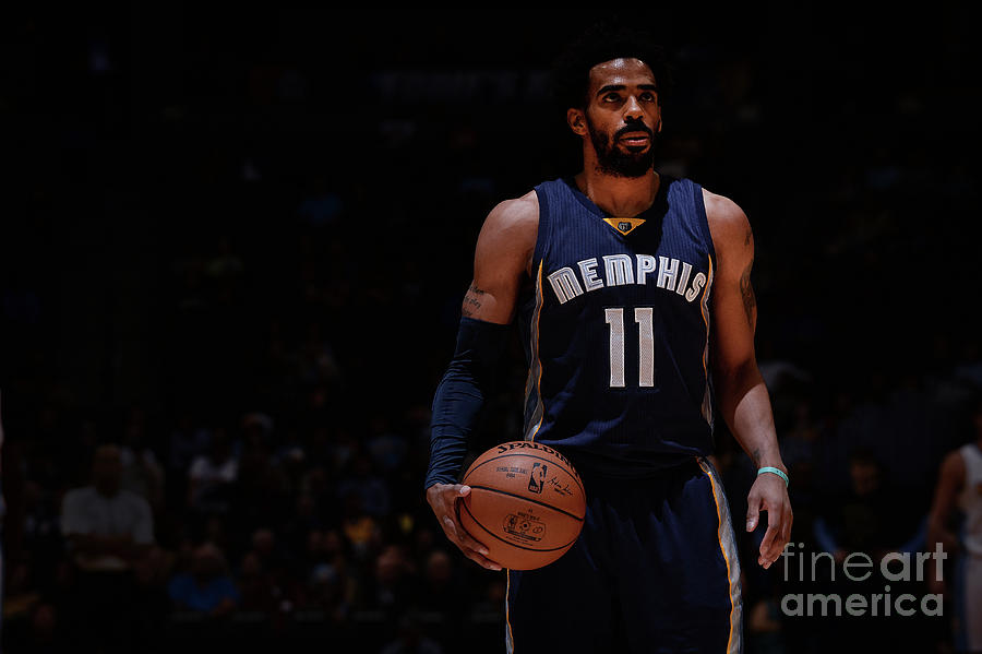 Memphis Grizzlies V Denver Nuggets Photograph by Bart Young