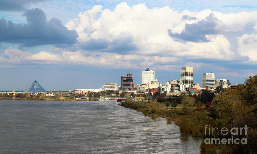 Memphis on the Mississippi  by Veronica Batterson