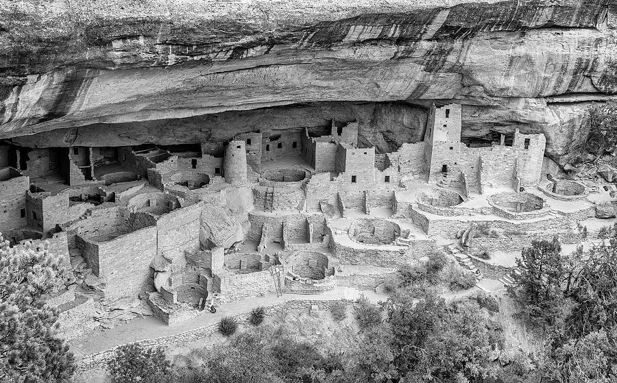 Mesa Verde Cliff Dwellings by Gordon Ripley