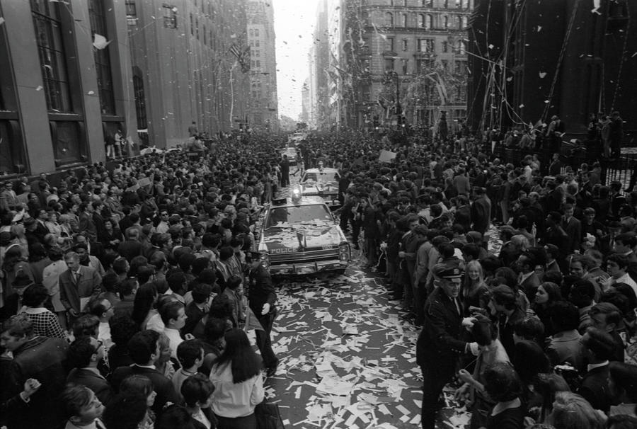 Mets Ticker Tape Parade Photograph by Fred W. McDarrah