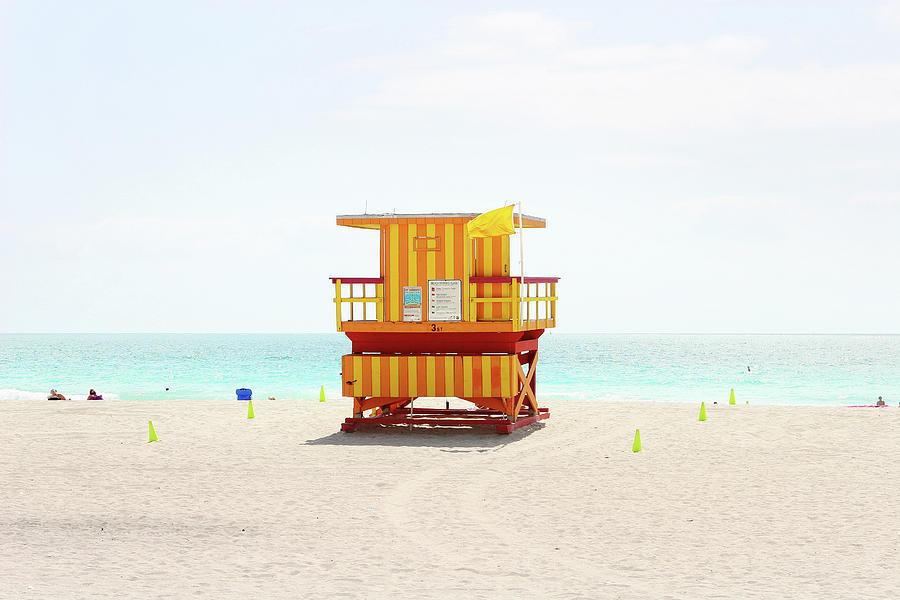 Miami Beach Hut Photograph by Photo - Tom Crabtree.