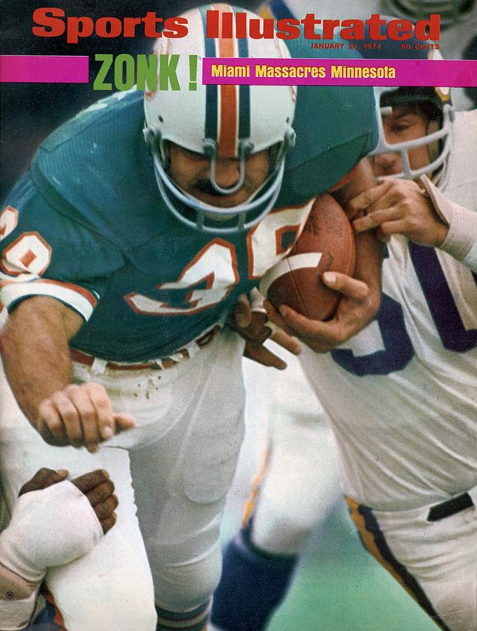 Miami Dolphins Larry Csonka, Super Bowl Viii Sports Illustrated Cover Photograph by Sports Illustrated