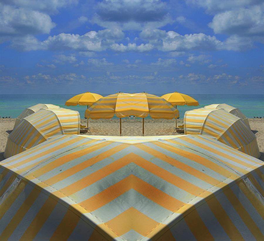 Miami Mirror Beach Photograph by Elido Turco Photographer