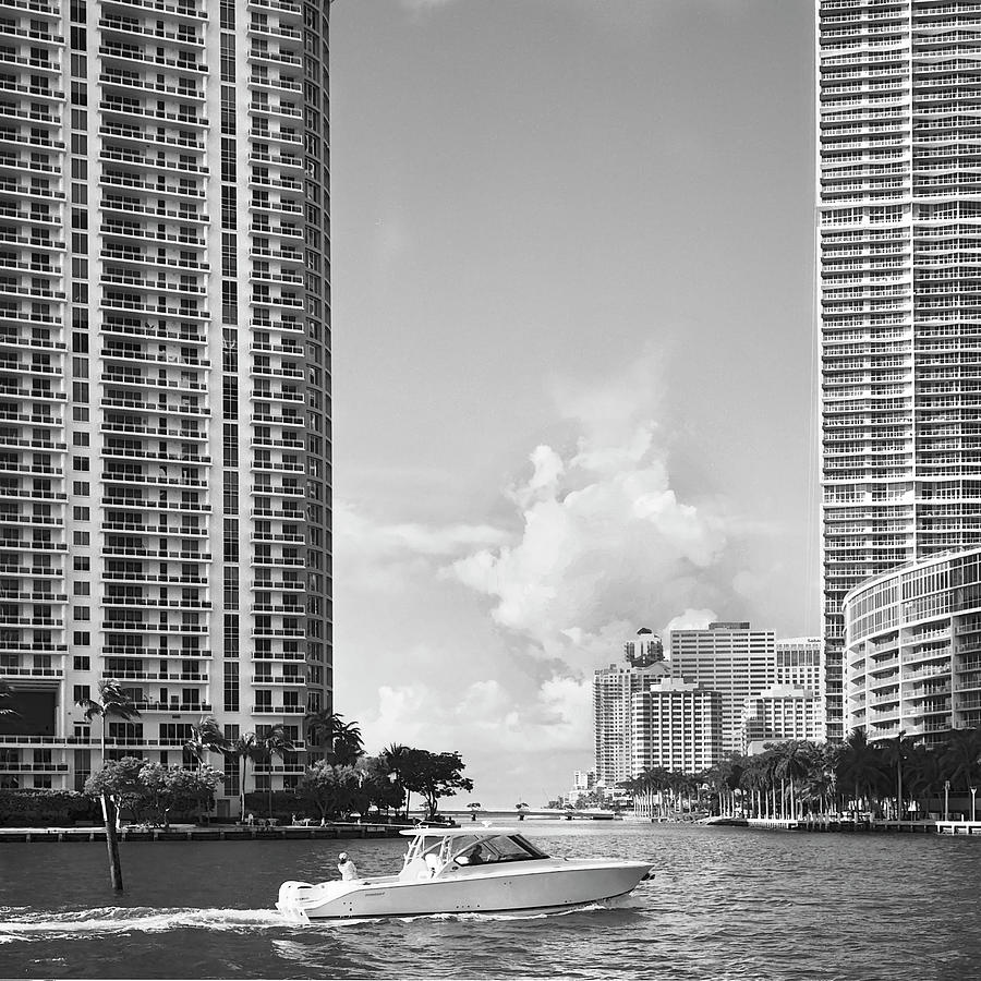 Miami river RL071901 by Rudy Umans