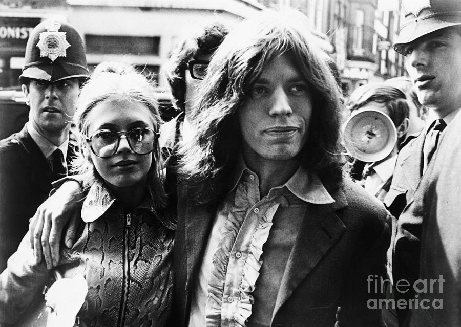Mick Jagger And Marianne Faithfull Photograph by Bettmann