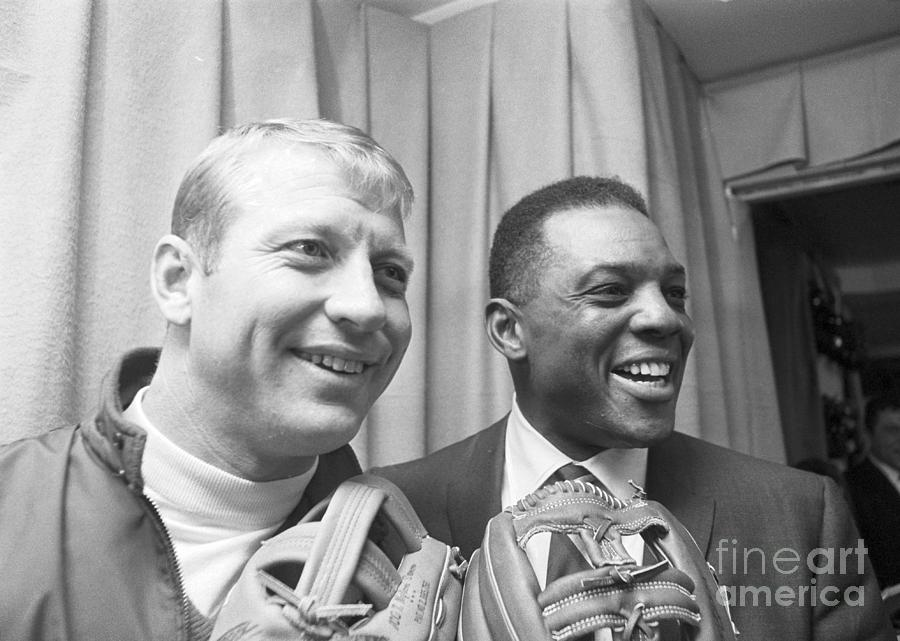 Mickey Mantle And Willie Mays At Fair Photograph by Bettmann