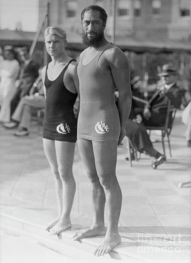 Mickey Riley And Duke Kahanamoku Photograph by Bettmann