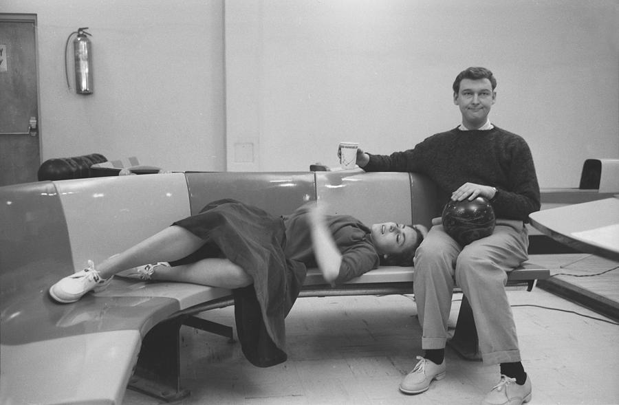 Mike Nichols And Elaine May Photograph by Michael Ochs Archives