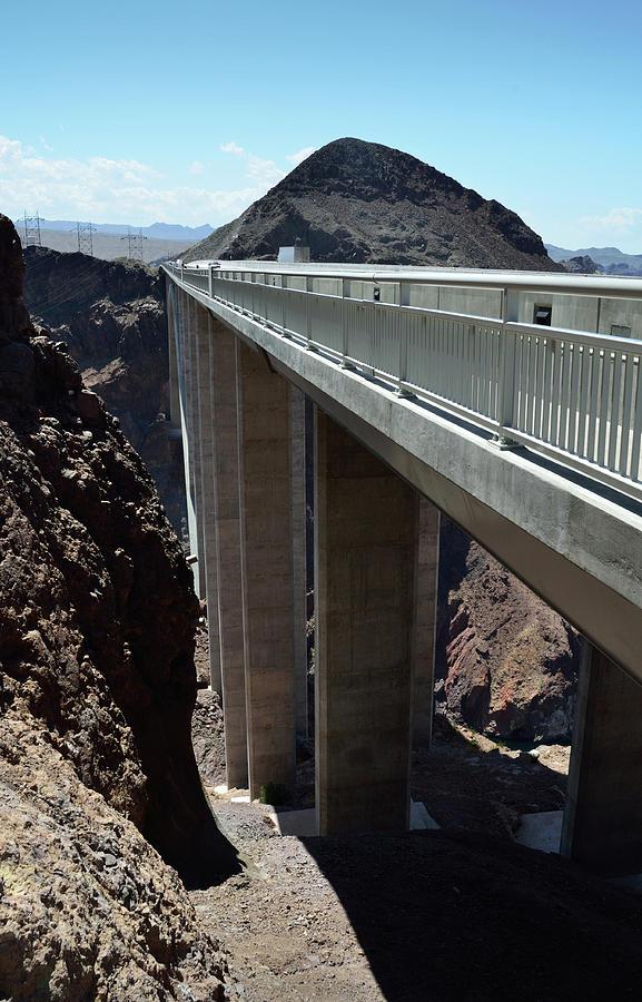 Mike O Callaghan - Pat Tillman Memorial Bridge pillars by RicardMN Photography
