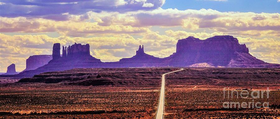 Mile 13 toward Monument Valley by Bob Lentz