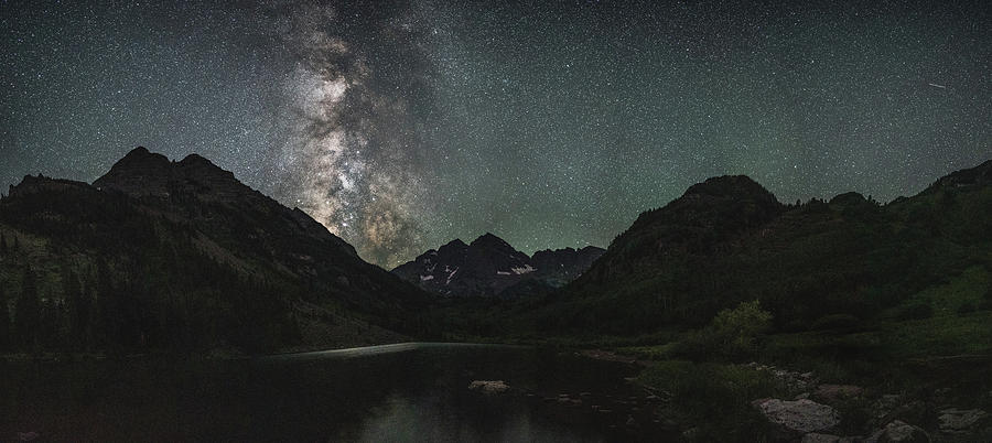 Milky way over Marron Bells by Mati Krimerman