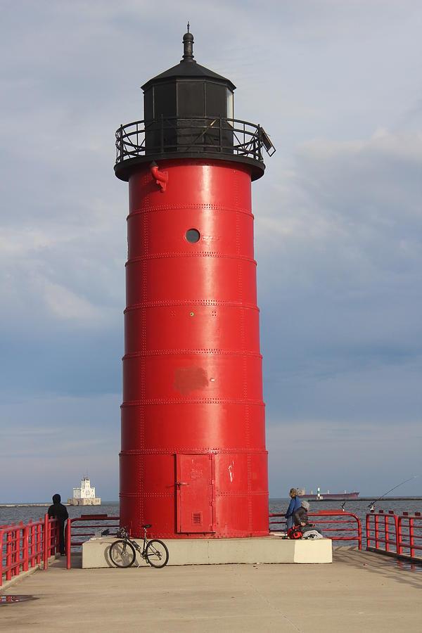 Milwaukee Pierhead Light Photograph - Milwaukee Pierhead Light by Callen Harty
