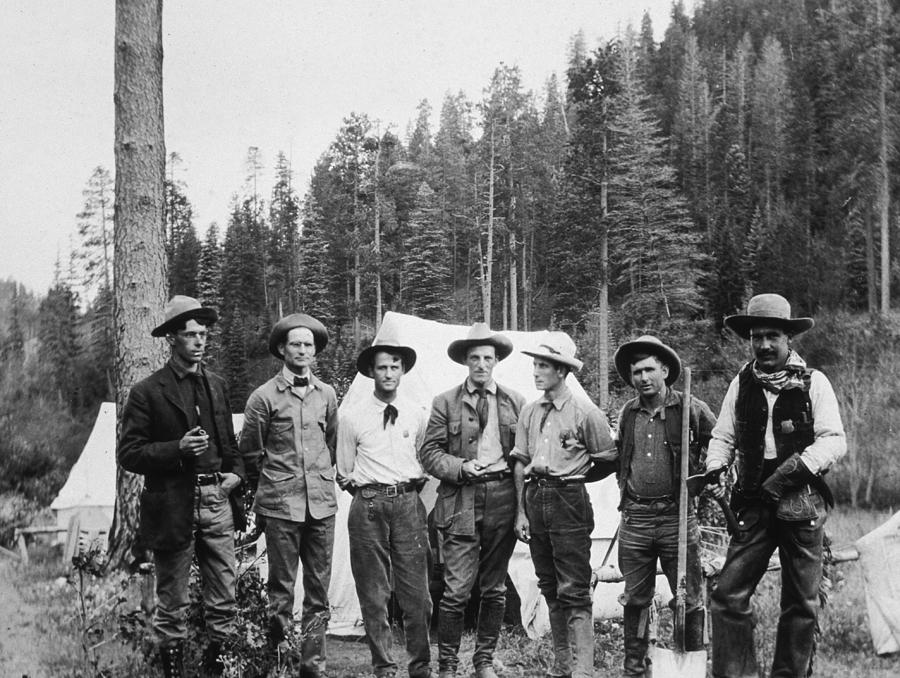 Mining Prospectors Photograph by Hulton Archive