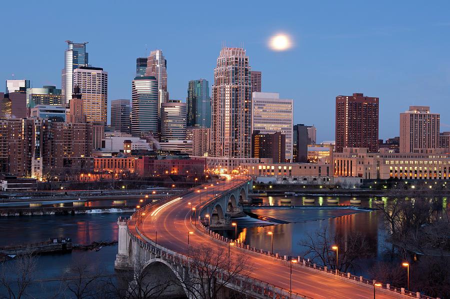 Minneapolis, Minnesota Skyline Photograph by Jenniferphotographyimaging