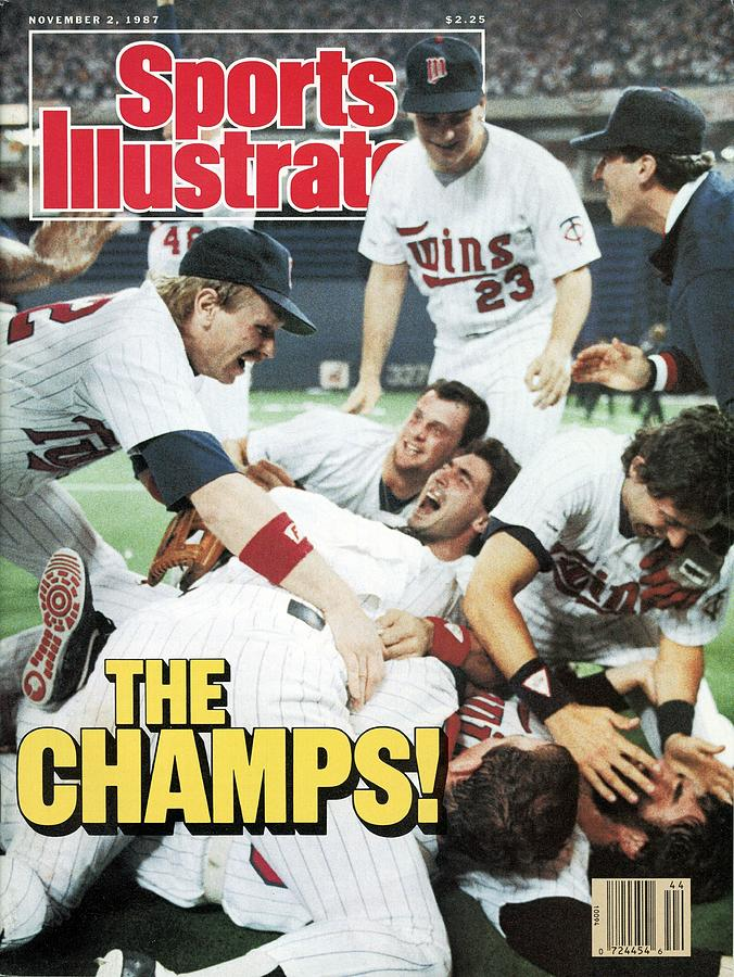 Minnesota Twins Dan Gladden, 1987 World Series Sports Illustrated Cover Photograph by Sports Illustrated