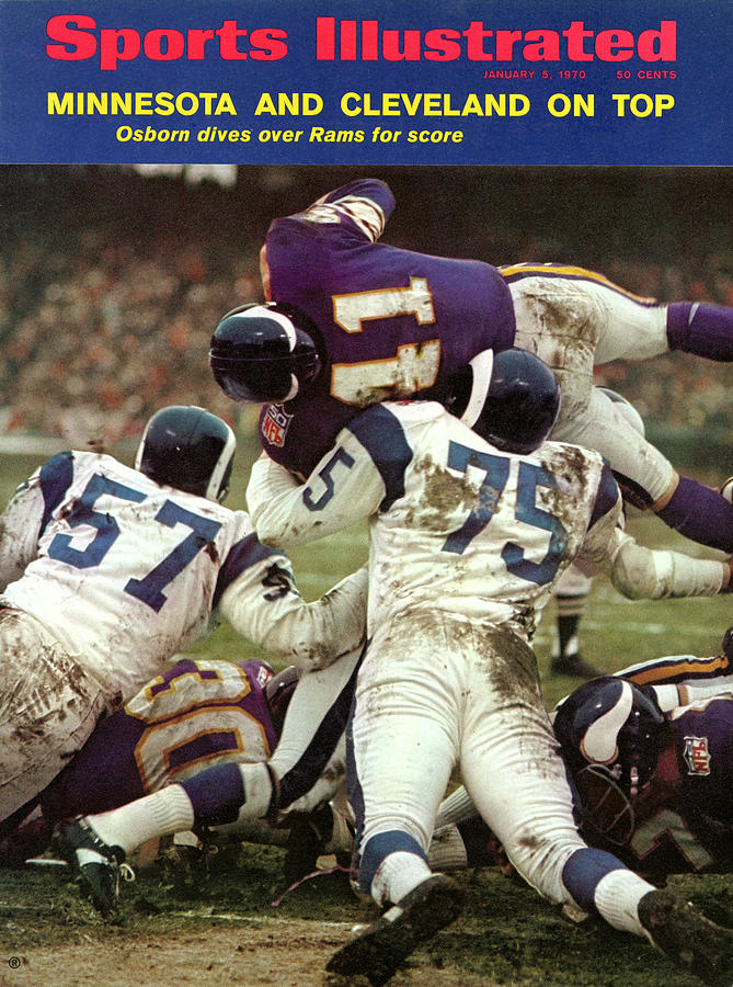 Minnesota Vikings Dave Osborn, 1969 Nfl Conference Sports Illustrated Cover Photograph by Sports Illustrated