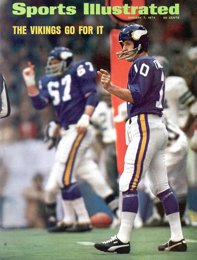 Minnesota Vikings Qb Fran Tarkenton, 1973 Nfc Championship Sports Illustrated Cover Photograph by Sports Illustrated