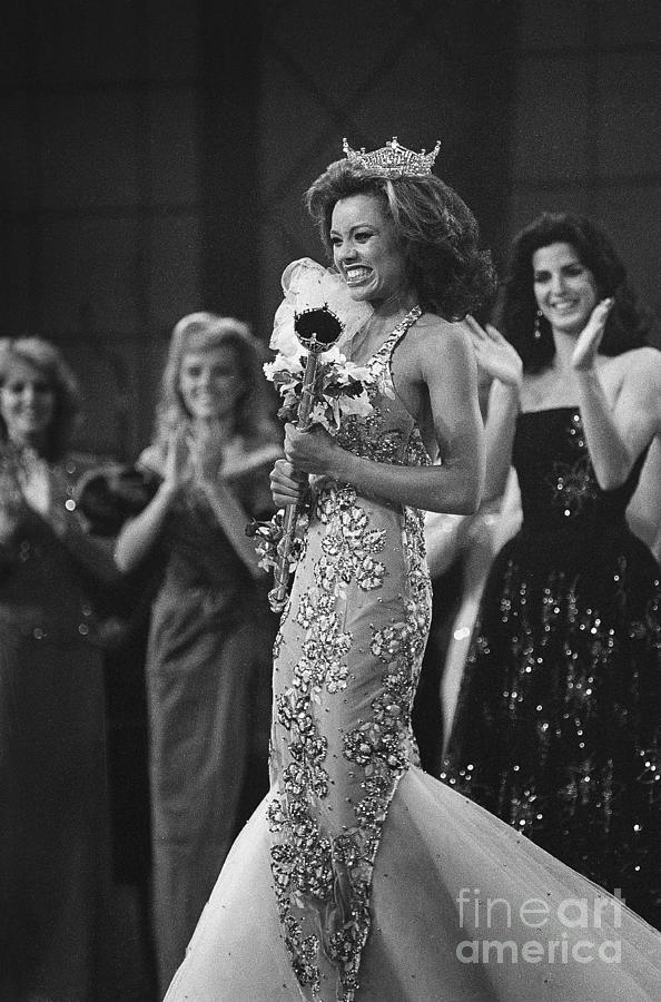 Miss America 1984 Vanessa Williams Photograph by Bettmann