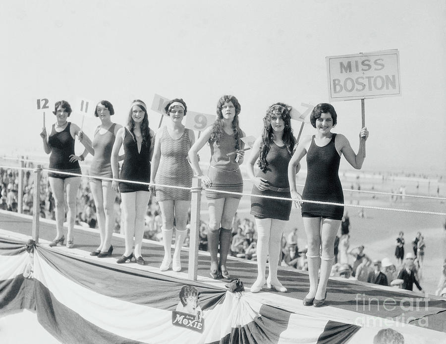 Miss Boston And Other Contestants Photograph by Bettmann