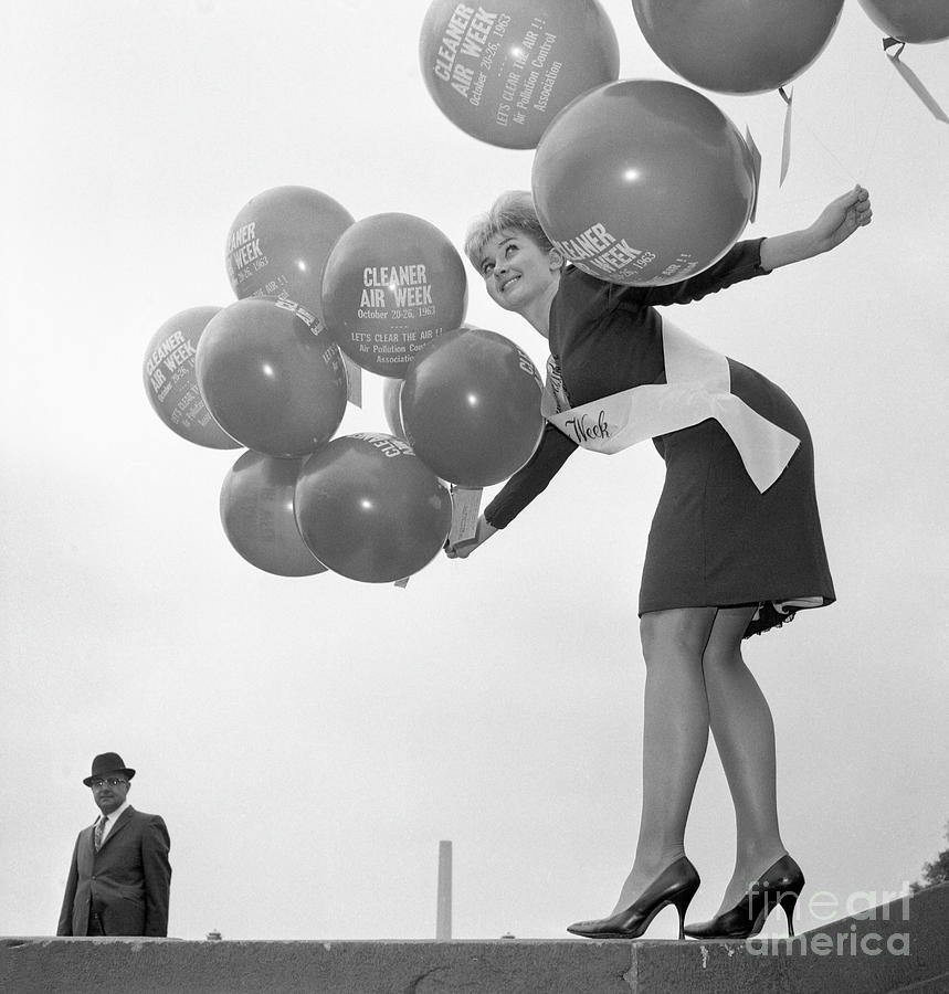 Miss Cleaner Air Week Photograph by Bettmann
