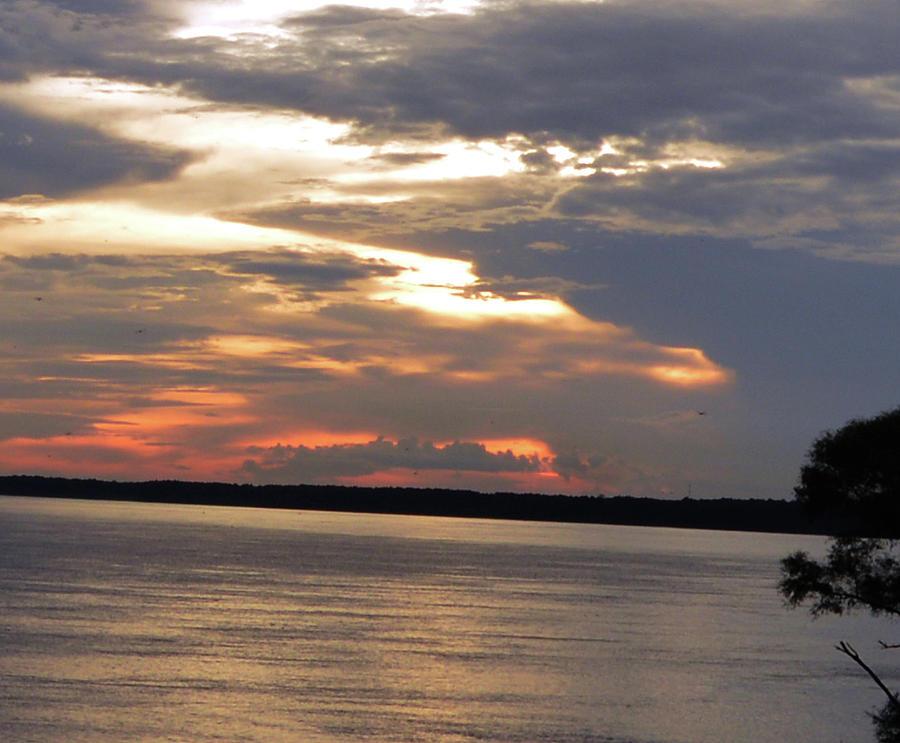 Mississippi River Shoreline At Dusk Photograph
