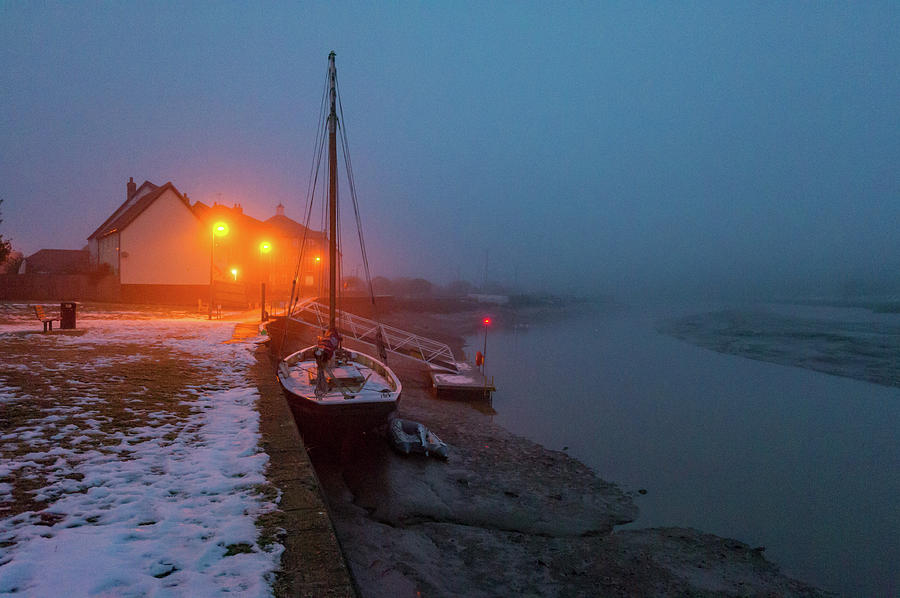 Misty Rowhedge winter dusk by Gary Eason