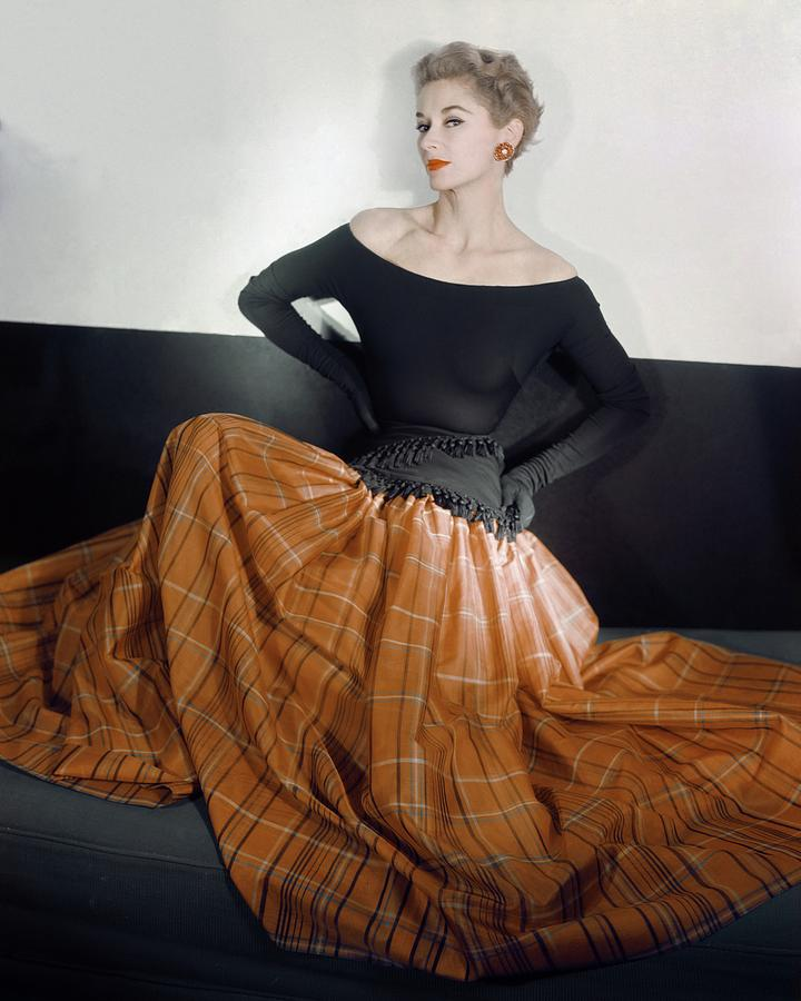 Model In A Leslie Morris Dress Photograph by Horst P. Horst