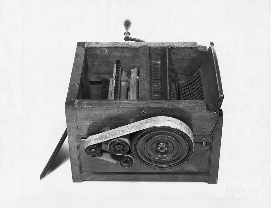 Model Of Eli Whitneys Cotton Gin Photograph by Bettmann