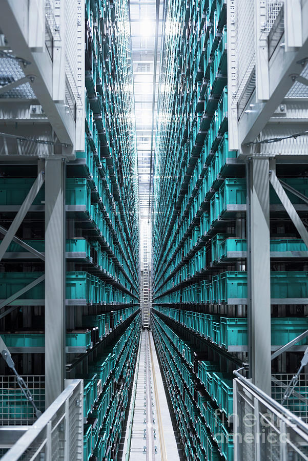 Modern Automatized High Rack Warehouse Photograph by Westend61